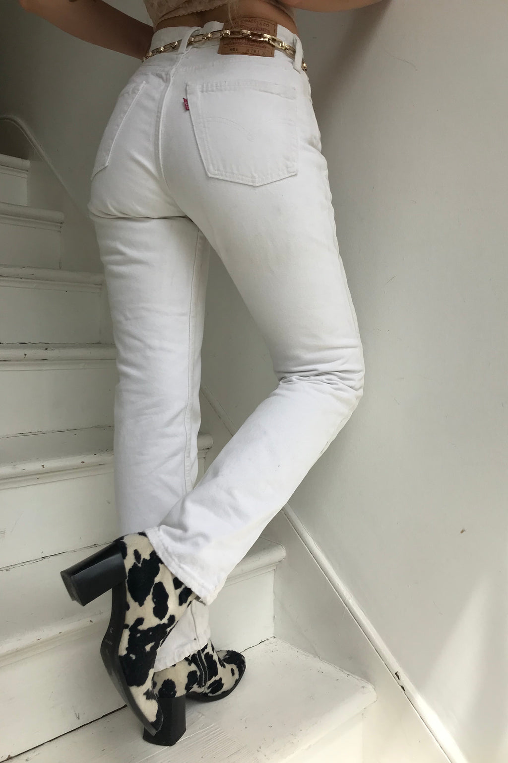 True Vintage 90s 501 White Denim Straight Leg Mid Rise Mum Jeans W28