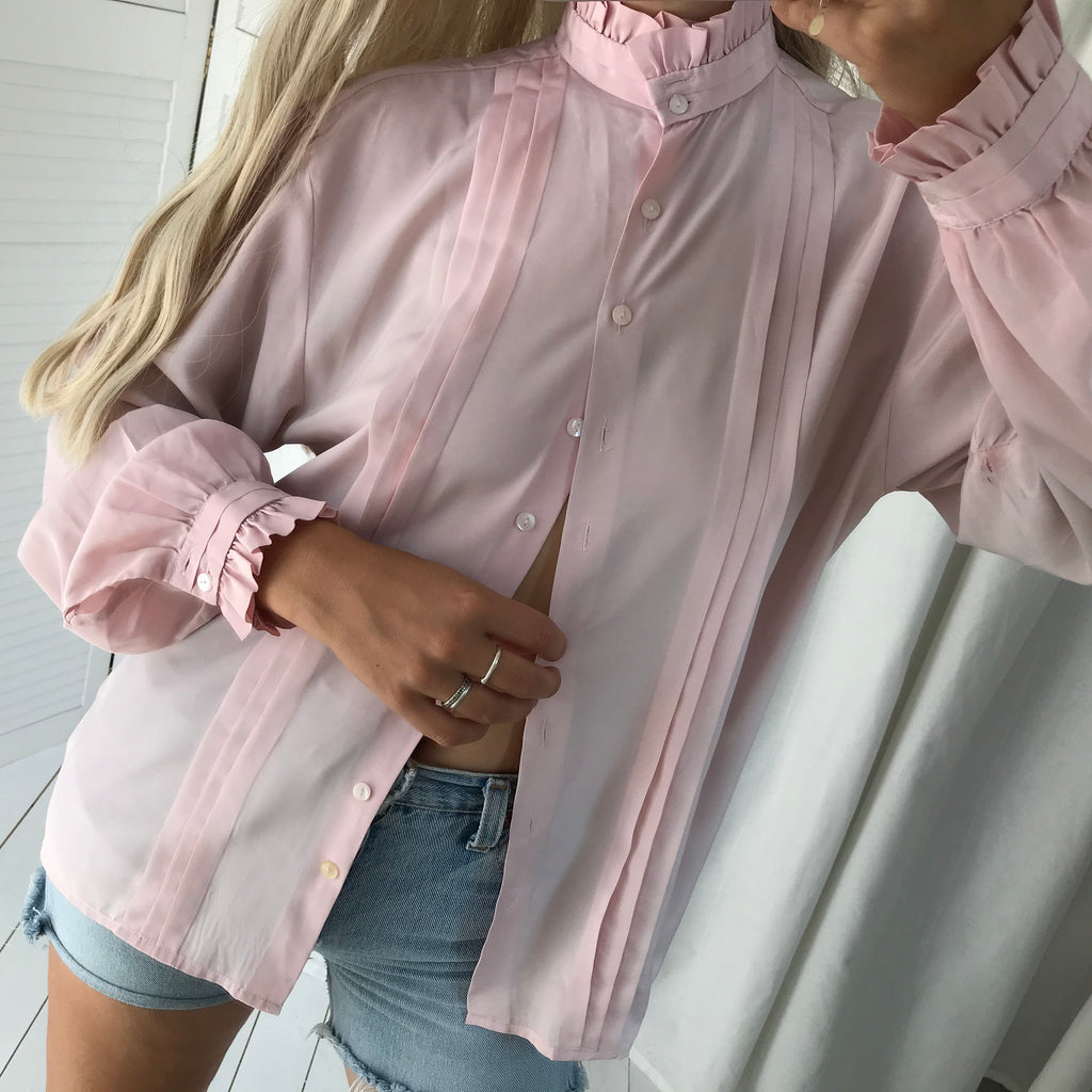 Vintage 70s Dusty Baby Pink Blouse With High Ruffle Collar & Sleeves