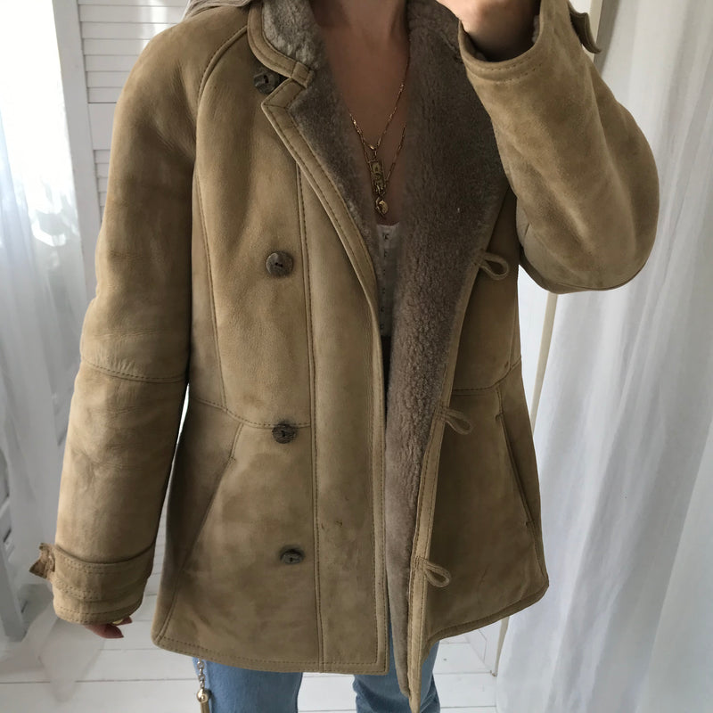 Vintage 1970s Light Brown 100% Suede Real Sheepskin Shearling Jacket With Notched Collar