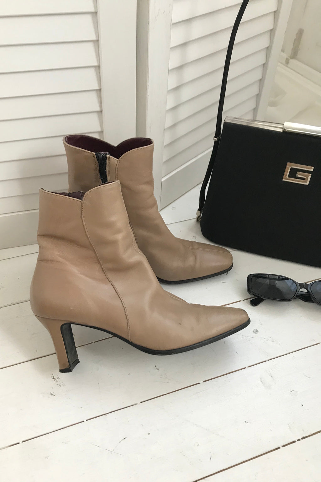 Vintage 90s Y2K Nude Tan 100% Real Leather Ankle Boots