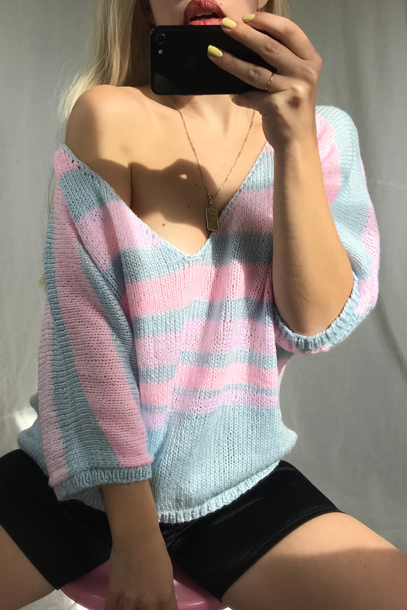 Vintage 80s Hand Knitted Baby Blue, lilac & Baby Pink Pastel V-Neck Jumper With 3/4 sleeves
