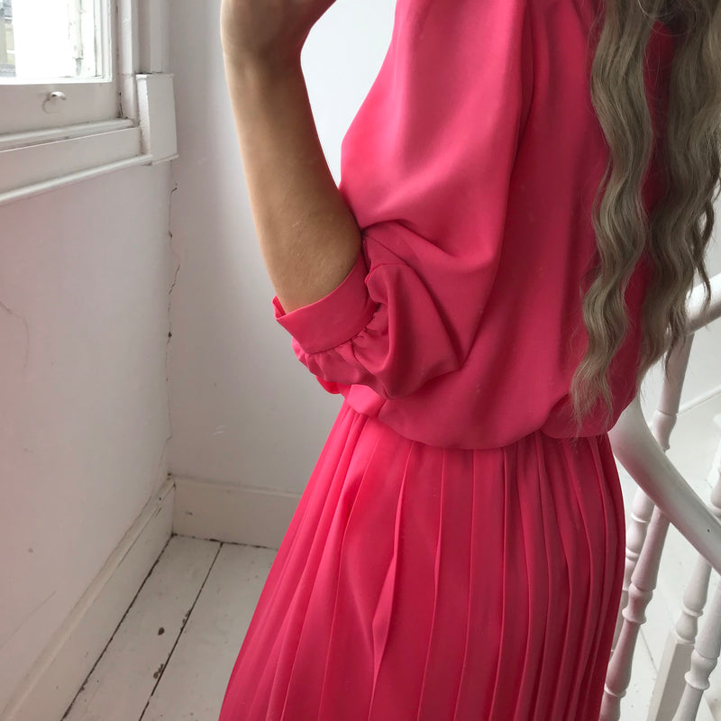 Vintage True 80s Pink Pleated Midi Dress With 3/4 Length Sleeves