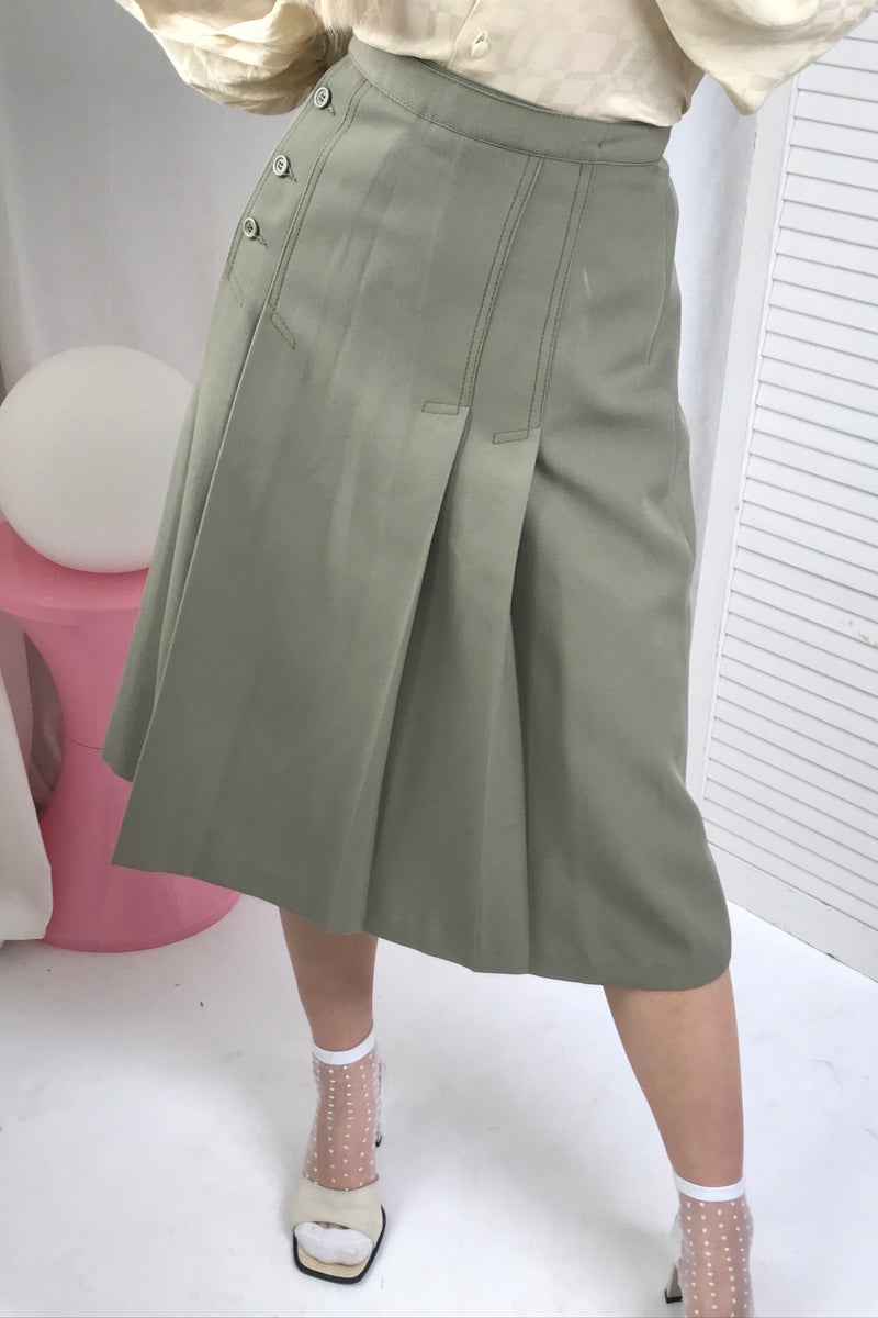 Vintage 1970s Moss Green Wool Blend Highwaisted Midi Pleated Skirt