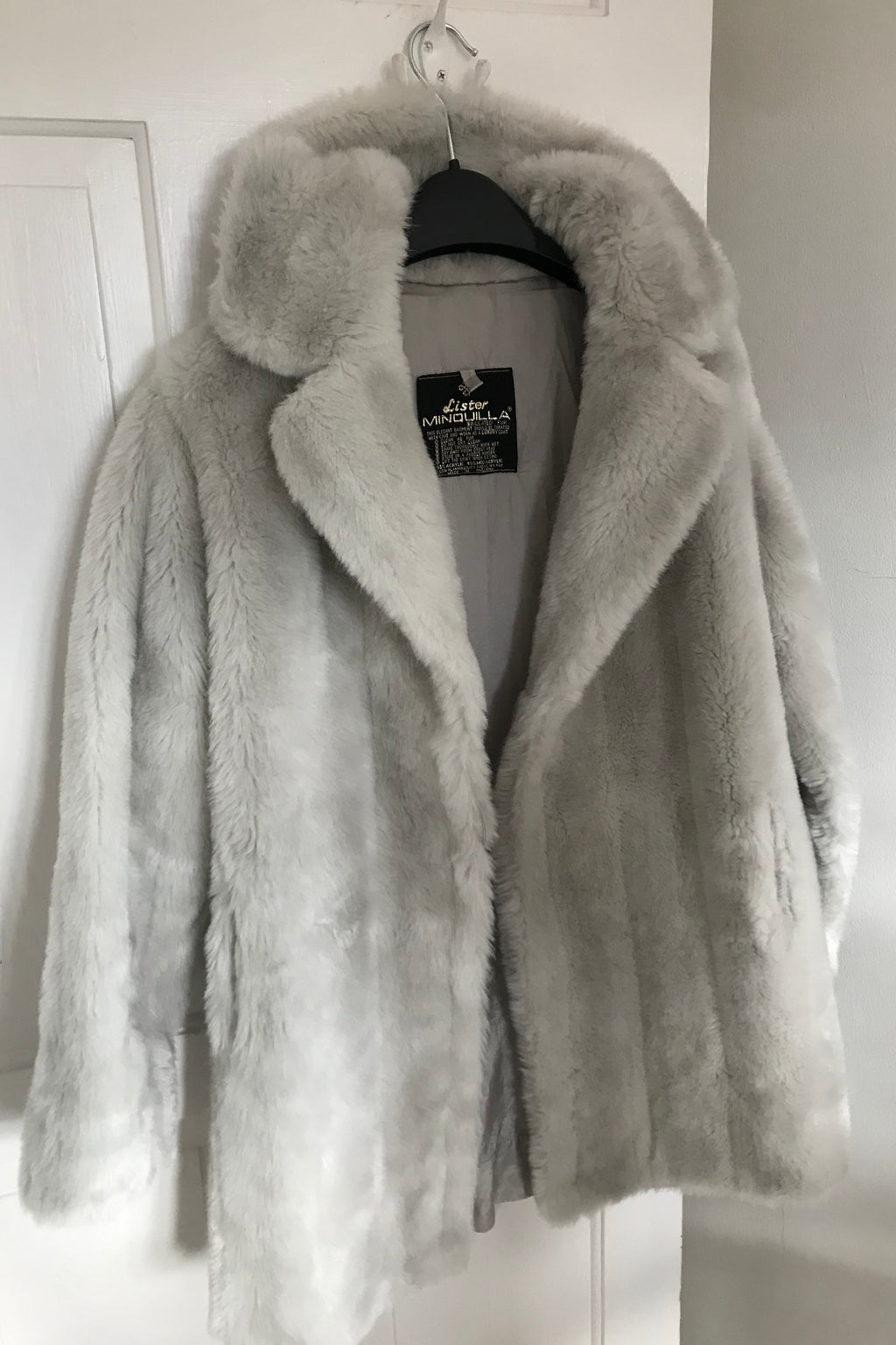 Vintage 1960s Grey Faux Silver Fox Simulation Fur Jacket