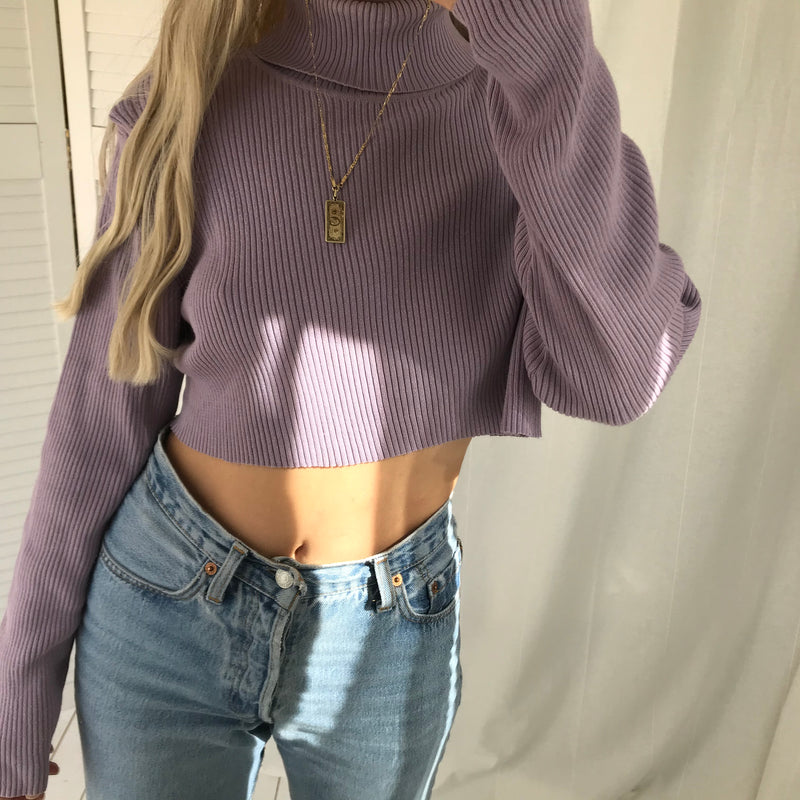Vintage 90s /Y2K Purple Lilac Ribbed Knitted Turtle Neck Cropped Raw Hem Jumper