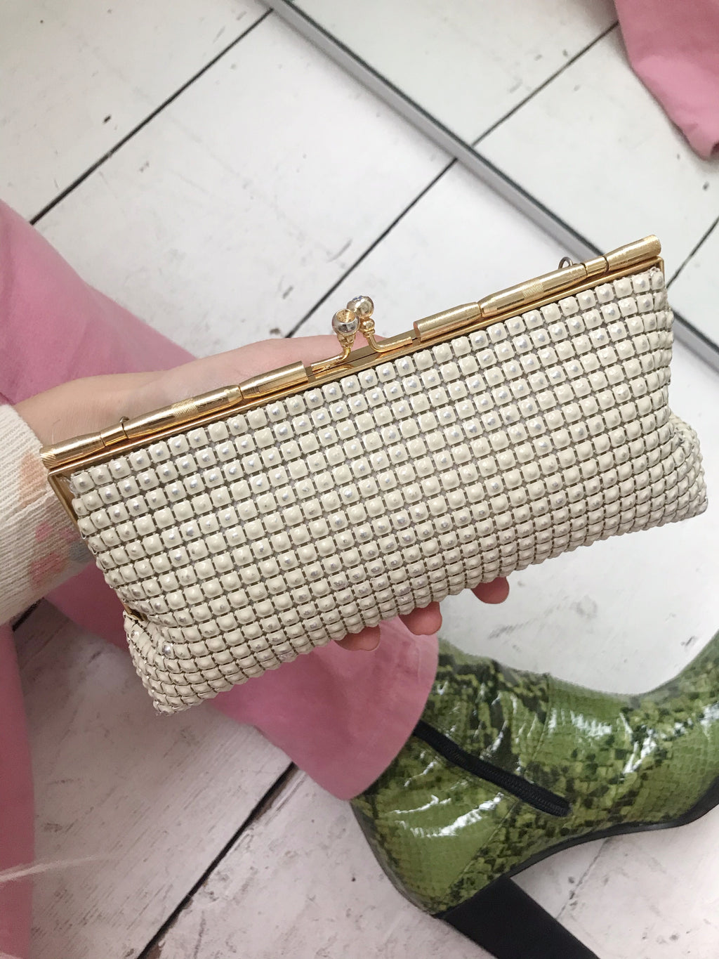 Vintage 60s Cream & Gold Metal Mesh Mini Handbag