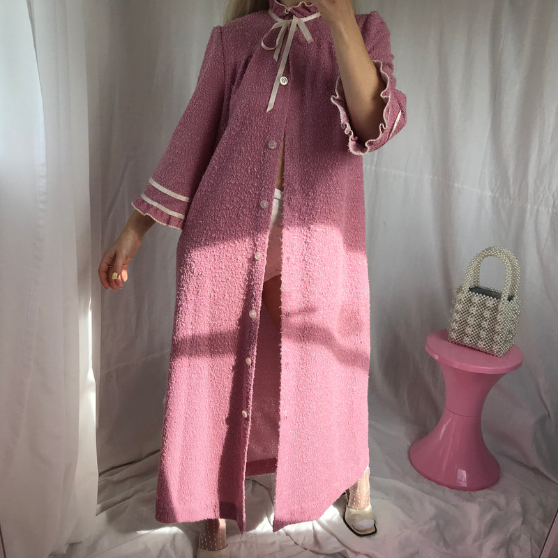 Vintage 1970s Purple/pink Boucle Dressing Gown Robe With Ruffle Trim Sleeves & High Bow Collar