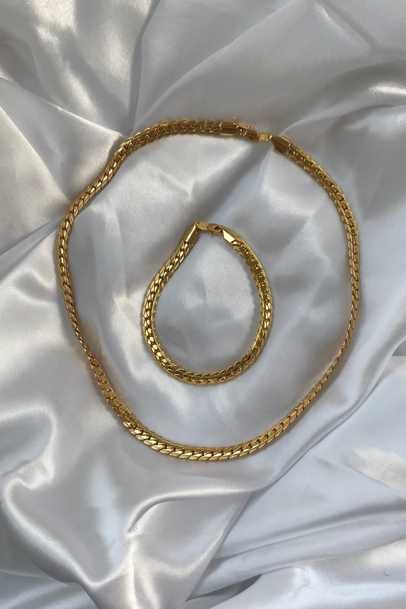 Vintage 90s 18k Plated Chunky Yellow Gold Tone Chain Necklace & Bracelet Set
