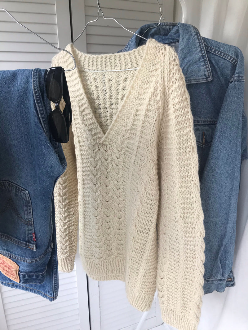 Vintage 70s Cream Chunky Wool Hand Knitted V-Neck Jumper