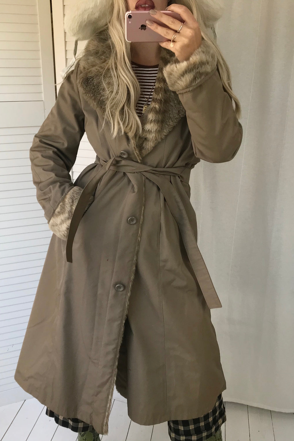 Gorgeous Vintage 70s Tawny Brown Trench Jacket With Faux Fur Collar, Cuffs & Lining