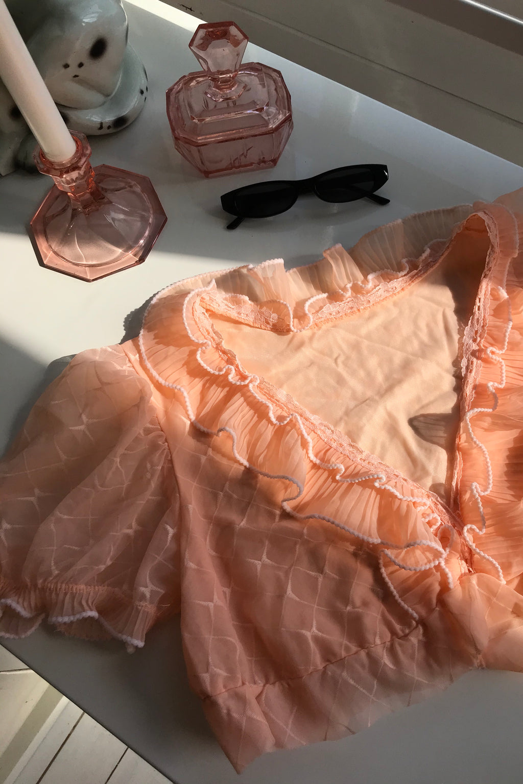 Vintage 60s Peach Ruffle V-Neck Crop Top Blouse