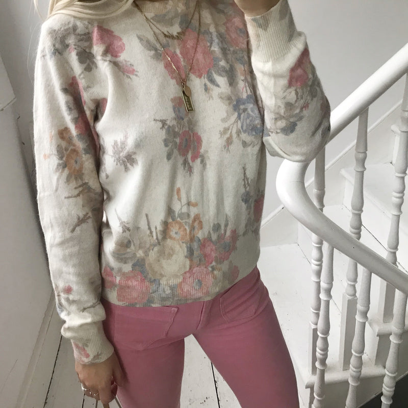 Vintage 90s Cream Floral Rose Angora/Wool Blend Ultra Soft Jumper