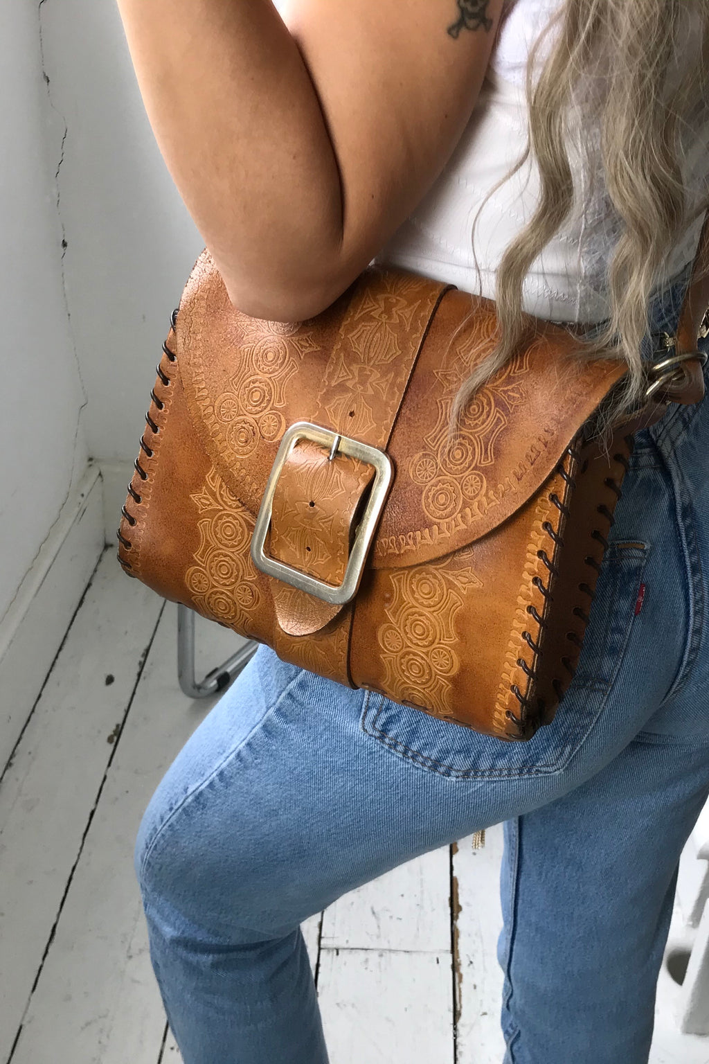 Vintage True 70s Tan Real Leather Tooled Satchel Bag