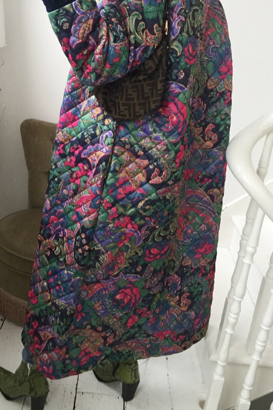Vintage 90s Floral Quilted Long Dressing Gown Jacket
