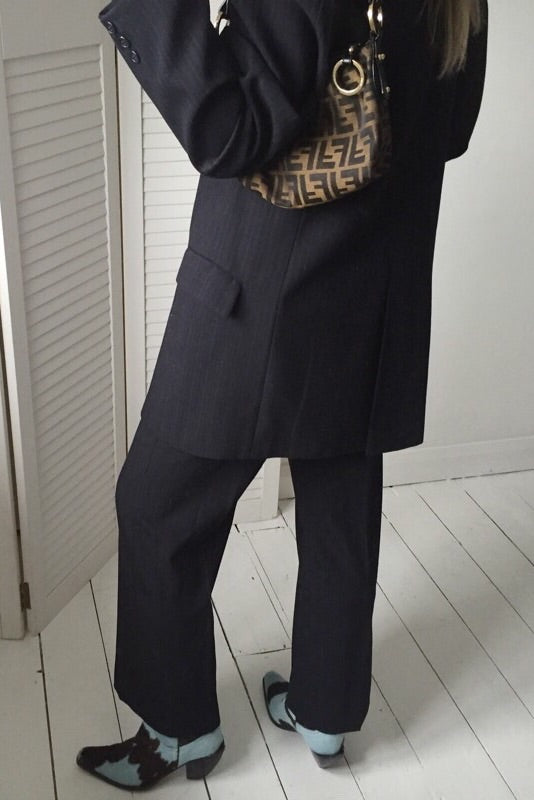 Vintage 90s Dark Grey / Black Oversize Suit