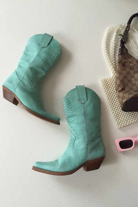 The Most Incredible Vintage 1990s Turquoise Faux Snakeskin Leather Cowboy Boots