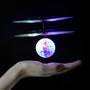 Fliegender Disco Ball