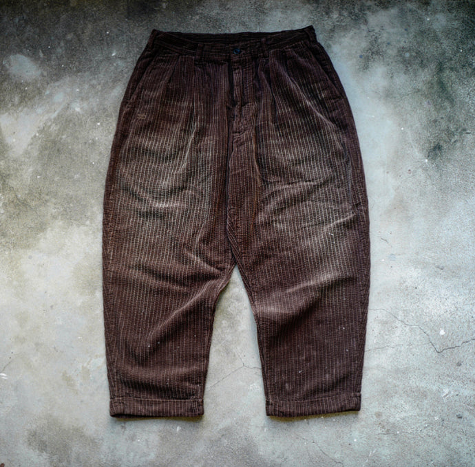 5.HANGEReering WASHED CORDUROY PANTS (DRIPS) -- BROWN