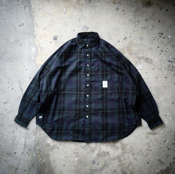 1.   HANGEReering® BIG SHIRT LS (COTTON FANNEL) - GREEN & NAVY PLAID
