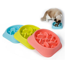 Plastic Pet Feeder Anti Choke Dog Bowl Puppy Cat Slow Down Eatting Feeder Healthy Diet Dish Jungle Design Pink Blue Green