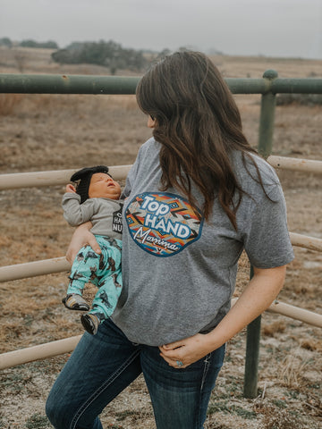 Top Hand Momma Adult Western Graphic Tee
