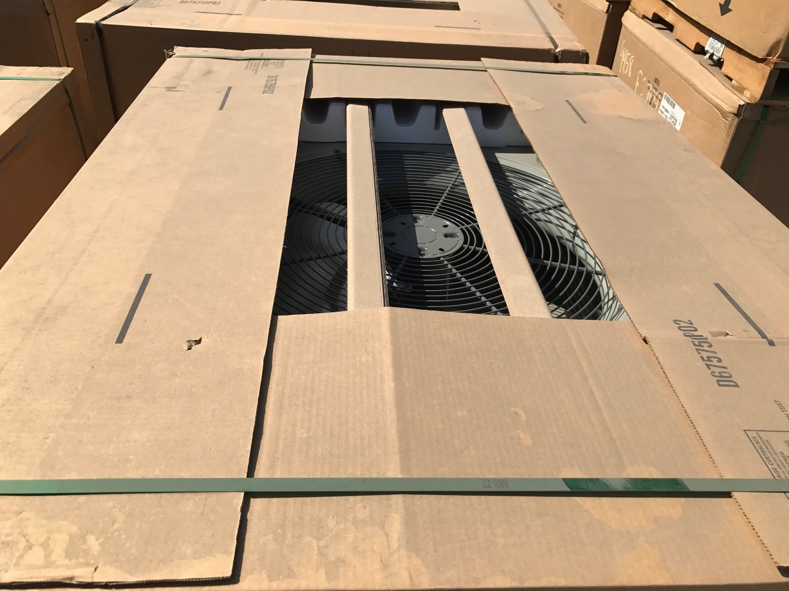 TRANE 5 TON PACKAGED UNIT COMMERCIAL 208/230V 3-PHASE 120K BTU GAS