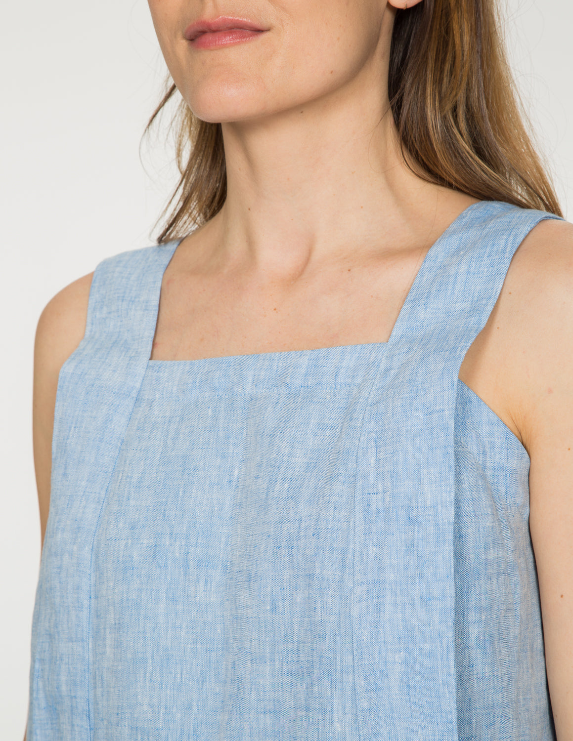 Chapter Goods | Breastfeeding-Friendly Clothes | Apron Top in Sky (Blue Linen)