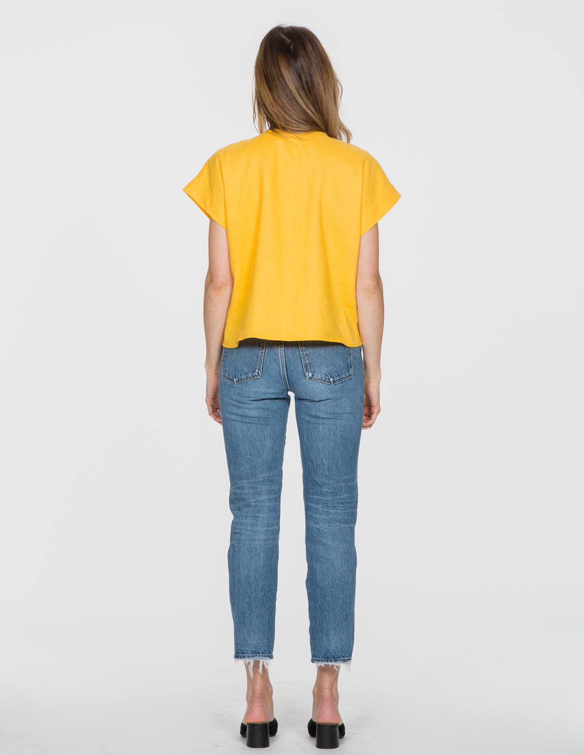 Chapter Goods | Breastfeeding-Friendly Clothes | Box Top in Lemon (Yellow Linen)