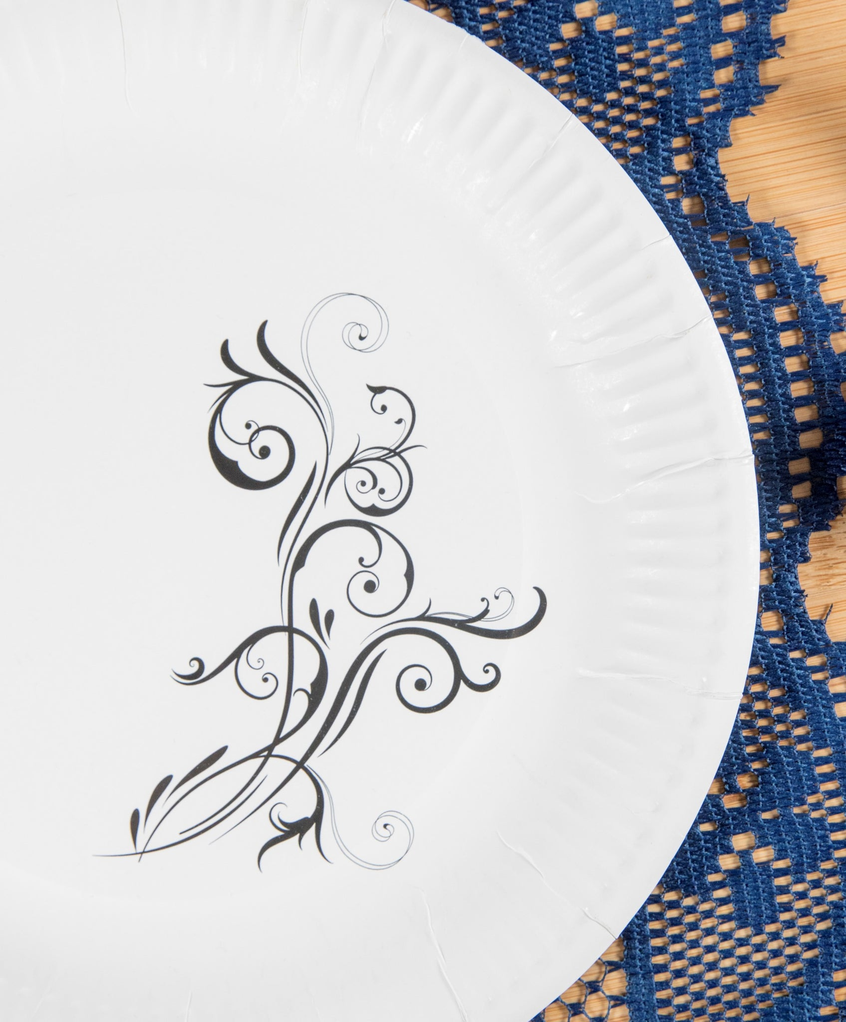 ... Black -Biodegradable and compostable disposable paper plates 10\  classic white round with ridged  sc 1 st  Swirly Ware & Black -Biodegradable and compostable disposable paper plates 10 ...