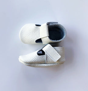 Leather Baby Moccasin Velcro shoe - White