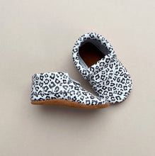 Special edition Leather Baby Moccasin Fringe shoe - Leopard