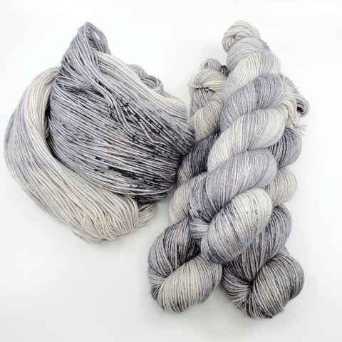 Luna - Into Space - Pre-Order (5 bases available, Sock, Sport, DK)