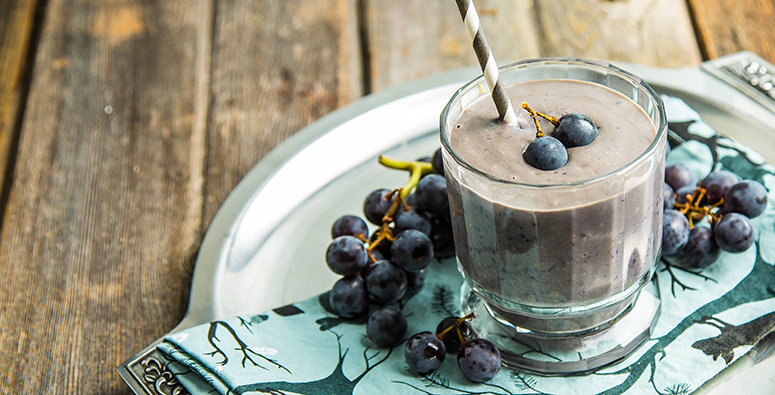 PB & J Concord Grape Smoothie