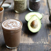Avocado Smoothie with Chocolate, Coconut and Crunch Cacao Nibs
