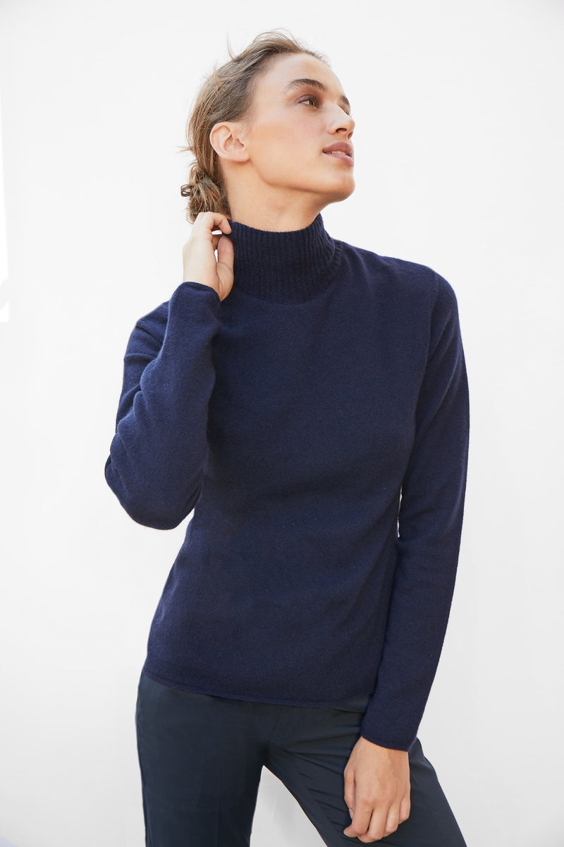Built-in bra turtleneck