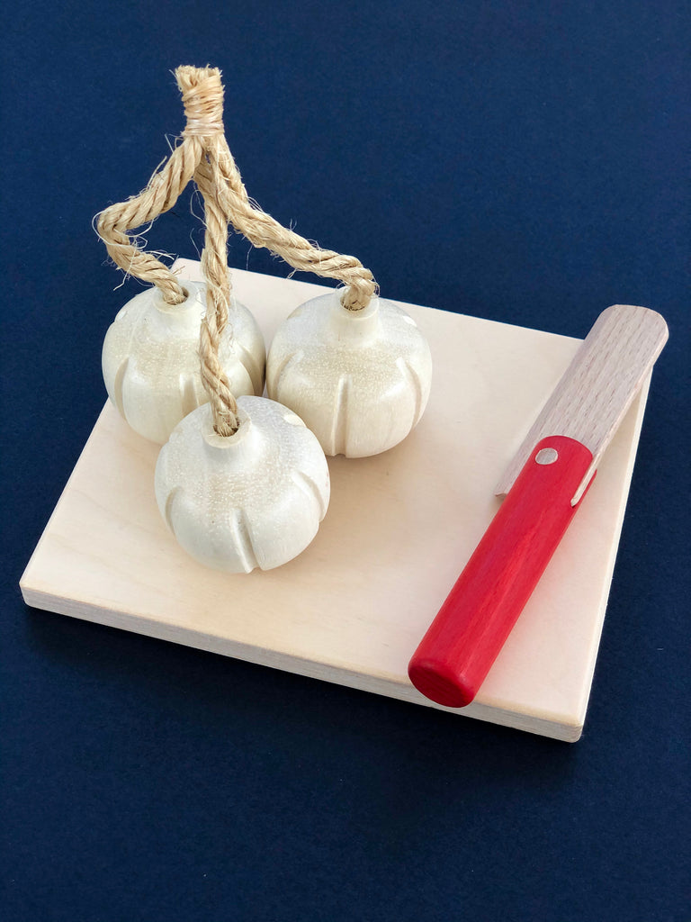 Garlic Bundle Trio Wooden Play Food