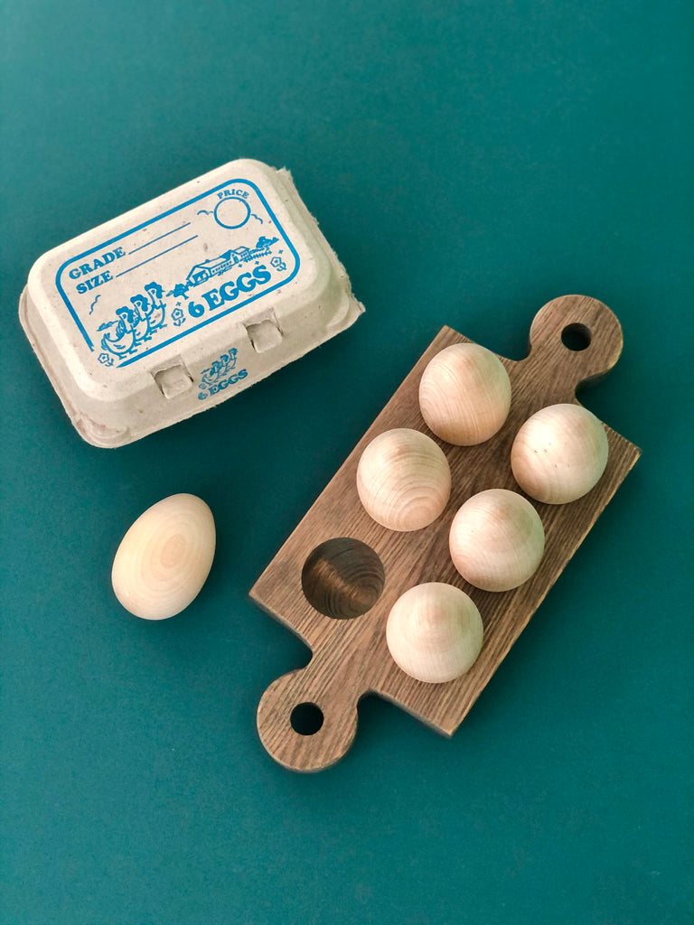 Fresh Farm Wooden Egg Set