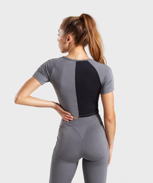 Gymshark Asymmetric Crop Top - Smokey Grey/Black 1