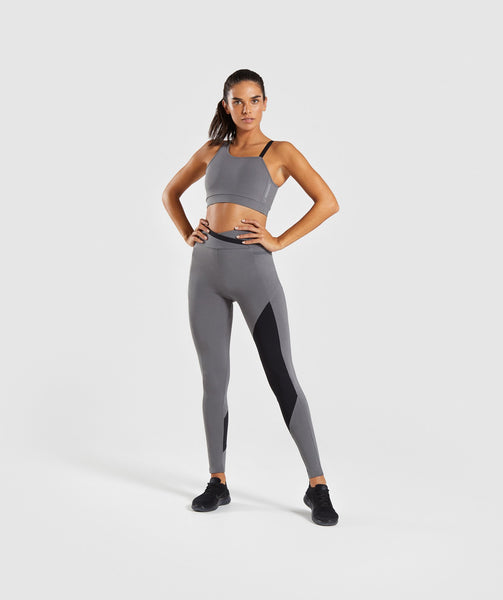 Gymshark Asymmetric Sports Bra - Smokey Grey/Black 3