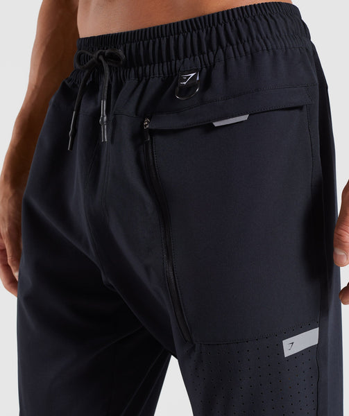 Gymshark Cargo Tech Bottoms - Black 4