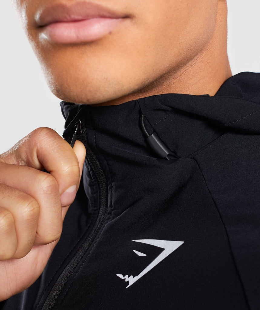 Gymshark Pace Running Jacket - Black 6