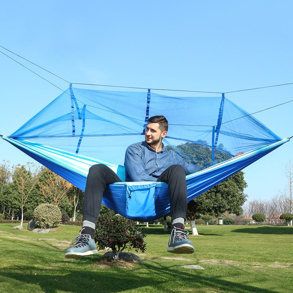 Covered Hammock With Mosquito Net, Adjustable Straps, and Carabiners