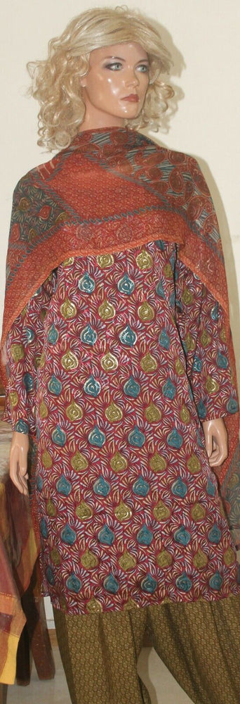 Load image into Gallery viewer, Maroon  Women Favorite Paisley Print Crepe  Salwar kameez Plus size 50