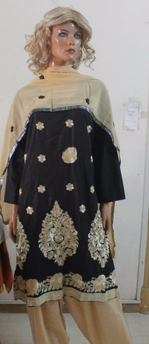 Load image into Gallery viewer, Black Salwar kameez  Chest  Plus size 48  New arrivals