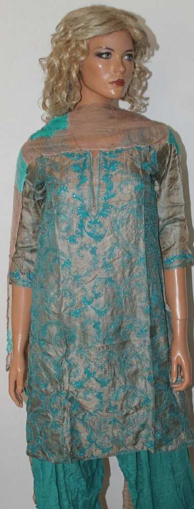 Load image into Gallery viewer, Blue  Girls salwar kameez  set Chest  Size 34