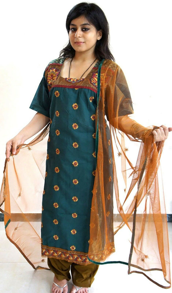 Green Cotton  Ready Wear Salwar Kameez  chest Size 48  Full sleeves