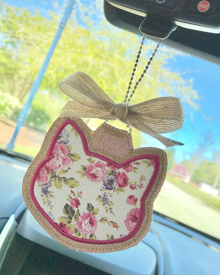 Cat Applique Rear View Mirror Hanger