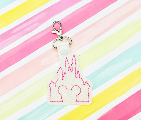 Mouse Castle Snap Tab