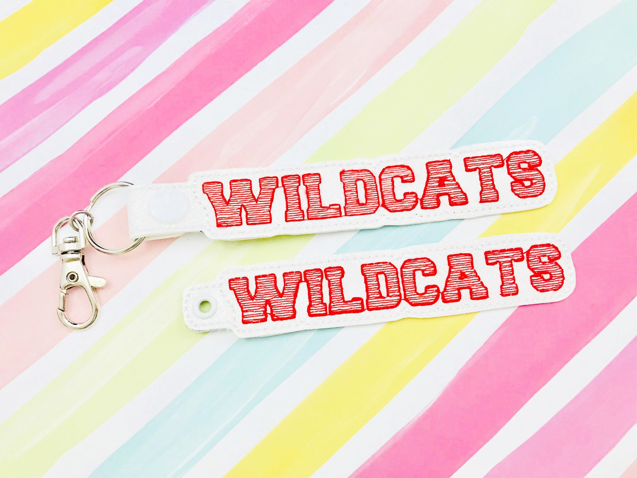Wildcats Snap Tab and Eyelet Set- Read Description