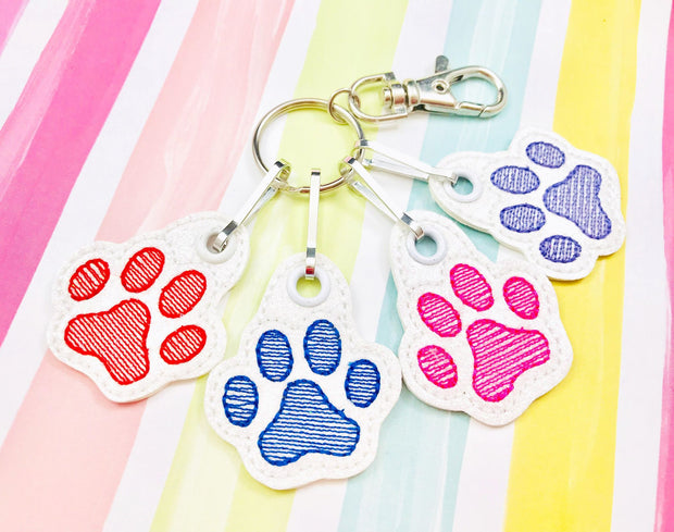 Sketchy Paw Print Zipper Pull